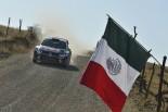 優勝したヤリ-マティ・ラトバラ(フォルクスワーゲン・ポロR WRC)