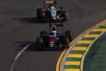 2016年第1戦オーストラリアGP ジェンソン・バトン(マクラーレン)、セルジオ・ペレス(フォース・インディア)