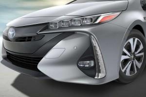 NYショーで発表されたフルモデルチェンジ予定のプリウスPHV
