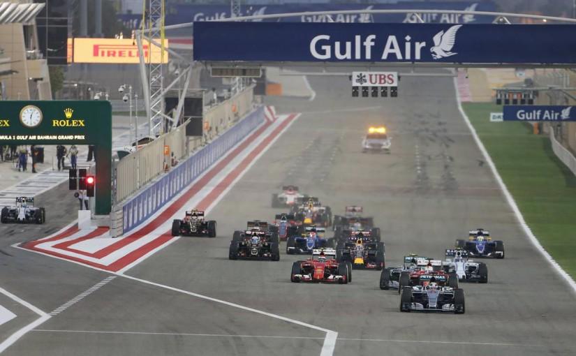 2015年F1バーレーンGP決勝レーススタート