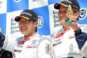 ラリープラス・クスコレーシング・ラリーチームでプジョー208 R2をドライブする柳澤宏至/中原祥雅