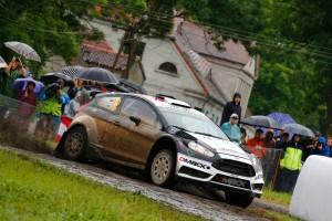 3日間を通じてスピードで圧倒してきたオット・タナク(フォード・フィエスタRS WRC)