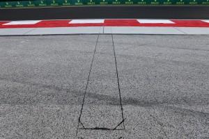2016年ハンガリーGP ターン4のランオフエリアに電子センサーが設置