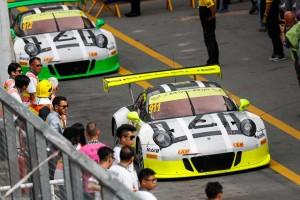 ポルシェ911 GT3 R(#911:バンバー、#912エストーレ)