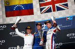 GP2第11戦アブダビ決勝レース2 表彰式