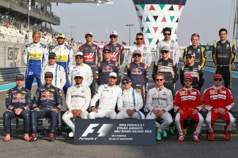 2016年F1第21戦アブダビGP ドライバー集合写真