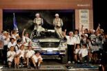 ダカールの四輪市販車部門4連覇を達成したクリスチャン・ラヴィエル/ジャン-ピエール・ギャルサン組327号車