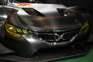 トヨペット店専売車種であるマークX。チームのレース活動は市販車と密接に結びつく