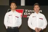 鈴鹿ファン感謝デーで対決する中嶋一貴(左)と小林可夢偉(右)