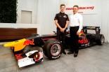16年GP2チャンピオンのピエール・ガスリーが加入。マシンはレッドブルカラーに
