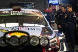 WRC第2戦スウェーデンでトップ走行中にクラッシュ。優勝のチャンスを逃したティエリー・ヌービル(ヒュンダイi20クーペWRC)