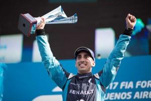 第3戦ブエノスアイレスePrixで優勝。開幕からの連勝記録を3へ伸ばしたセバスチャン・ブエミ