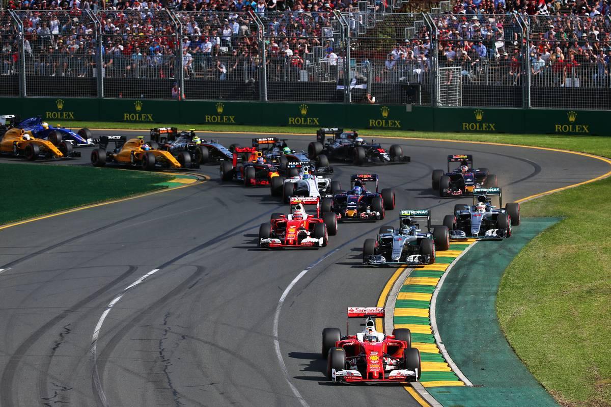 2016年F1開幕戦オーストラリアGP 決勝スタート