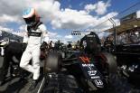 F1 | 佐藤琢磨、アロンソに「もう少しの辛抱」。マクラーレン・ホンダの飛躍信じる