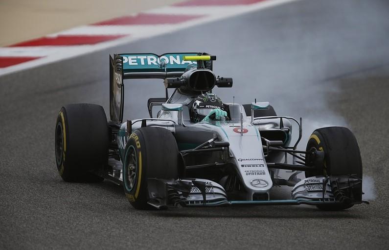 F1   バーレーン最初のフリー走行はメルセデスが圧倒、ベッテルはソフトでアタックせず