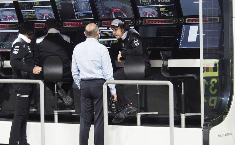 F1   GP topic:ロン・デニスが驚愕の行動、アロンソ欠場を覆そうとFIAに直談判