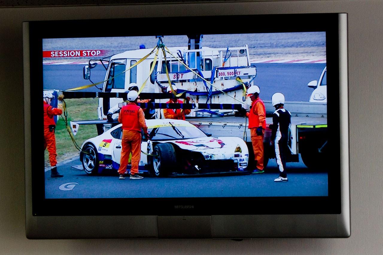 SGT岡山:決勝日朝のフリー走行は2度の赤旗。好調LEON AMGがトップタイム