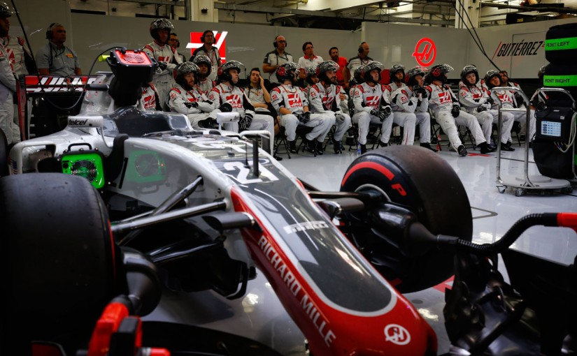 F1   小松礼雄コラム:勝負の分かれ目となる中堅チームの戦略