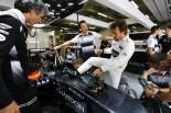 F1 | アロンソ「体調は100パーセント」だが、一抹の不安を抱える