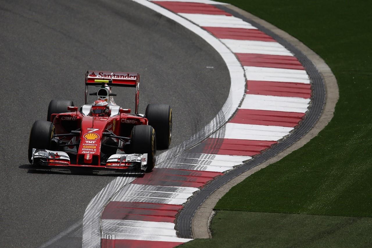2016年第3戦中国GP キミ・ライコネン(フェラーリ)