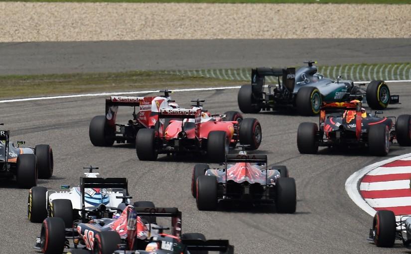 F1 | ベッテル「レーシングアクシデントだけど、赤い車同士が当たるのはよくない」:フェラーリ 中国GP日曜