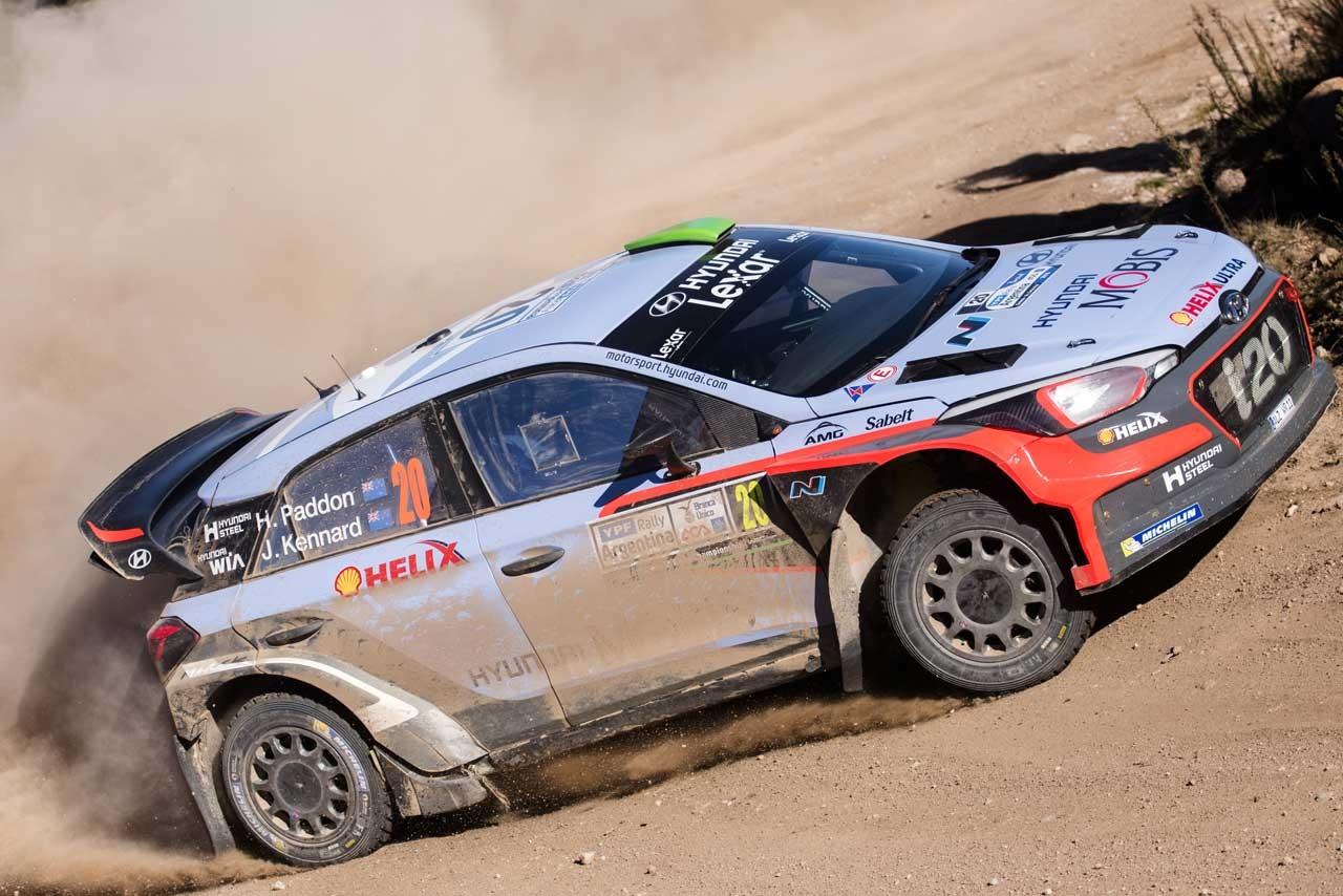 WRCアルゼンチン:ヒュンダイの若手パッドンが首位浮上。ラトバラは激しくクラッシュ