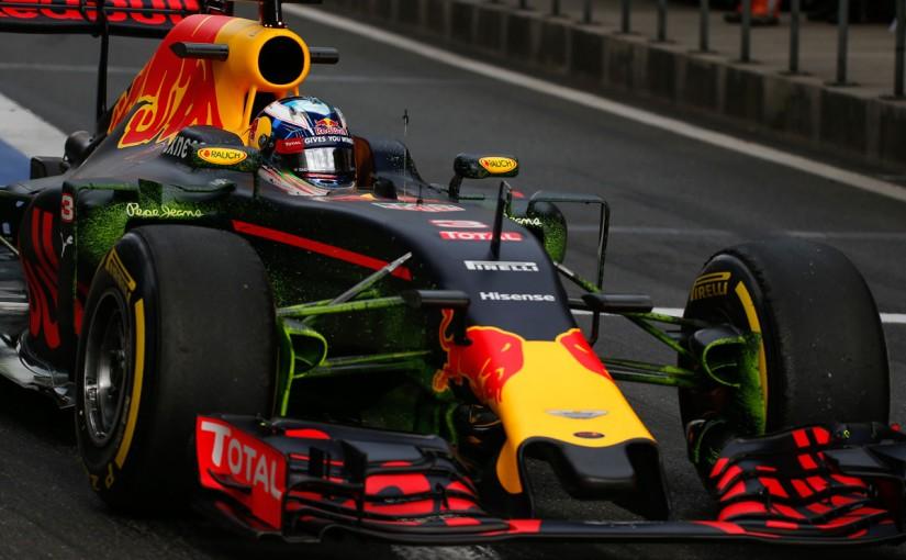 F1 | レッドブル、メルセデス「ノコギリ状リヤウイング」への追随がフロービズの流れで判明
