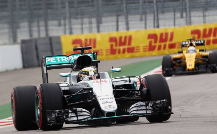 F1 | 予選Q1速報:ハミルトン、トップで通過したものの「審議中」