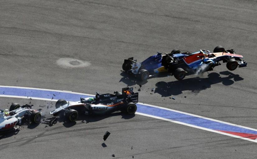 F1   ハリアント「スピンしたニコが突っ込んできて大クラッシュに」:マノー ロシア日曜