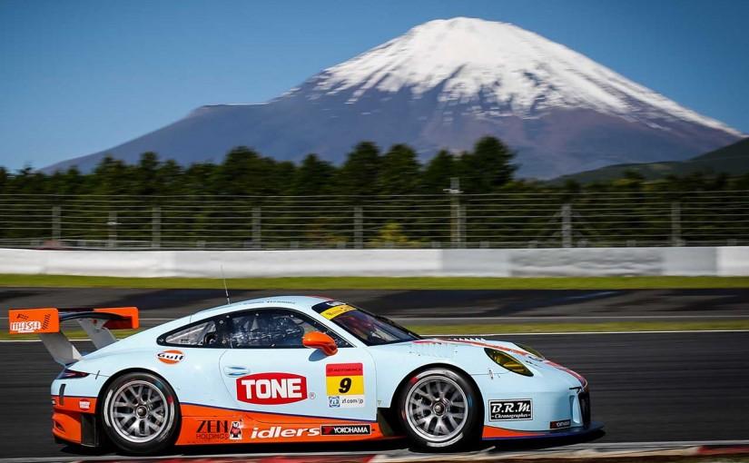 スーパーGT | Gulf Racing、SGT富士に新車投入もレース序盤の接触でラジエター破損しリタイア