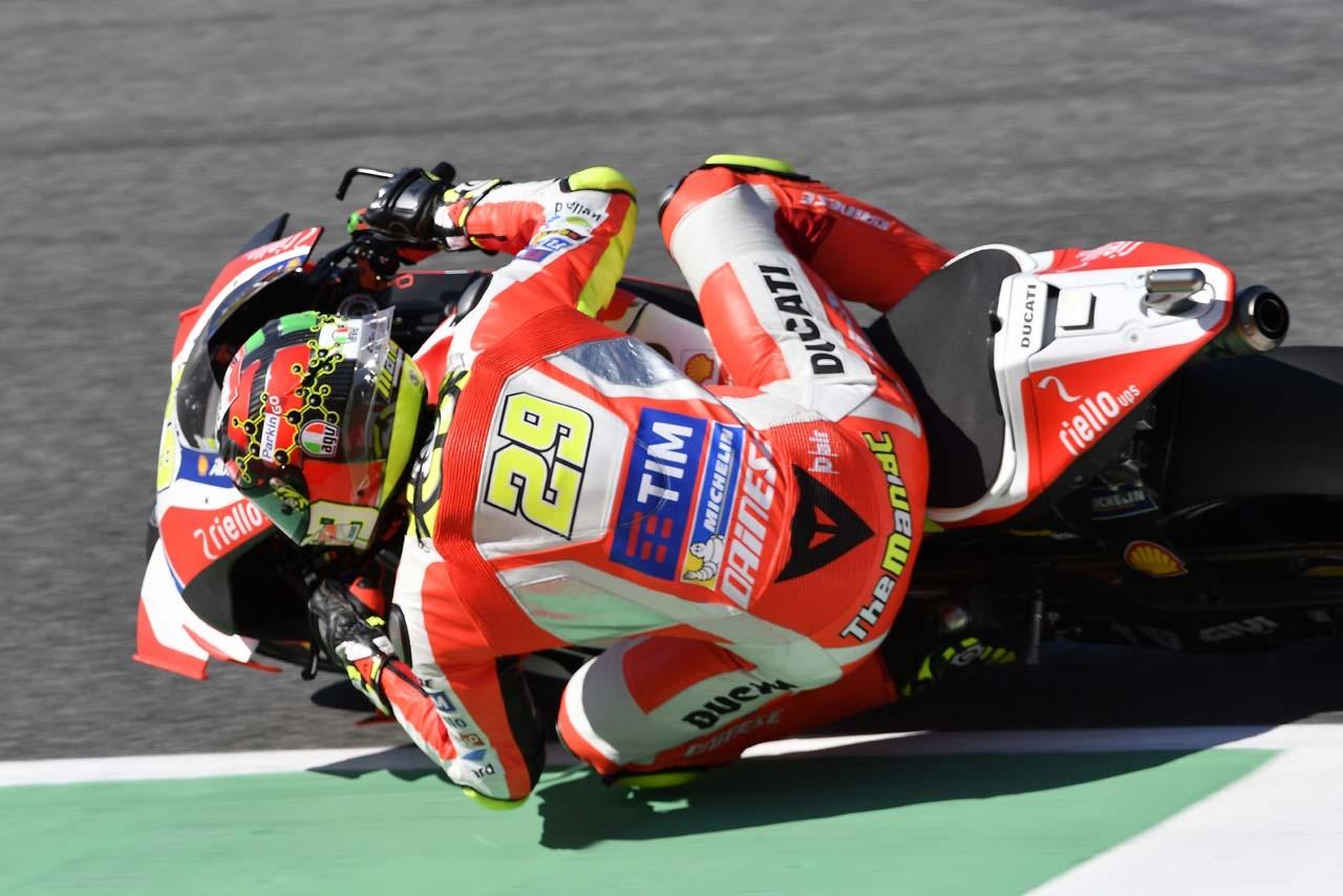 MotoGP第6戦イタリアGP 予選トップ3コメント:ロッシ「ポールからスタートできることがうれしい」
