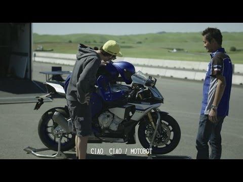 MotoGP:ロッシがロボットと勝負? ヤマハがモトボットの第2弾PVを公開。