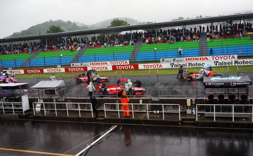 スーパーフォーミュラ   大雨によりSF岡山決勝レースは赤旗中断〜レース終了