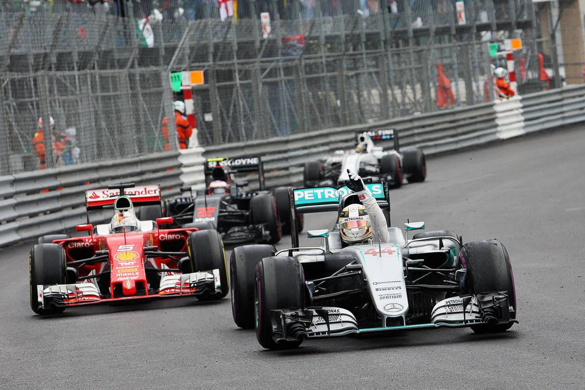 F1第6戦モナコGPで優勝を飾ったルイス・ハミルトン