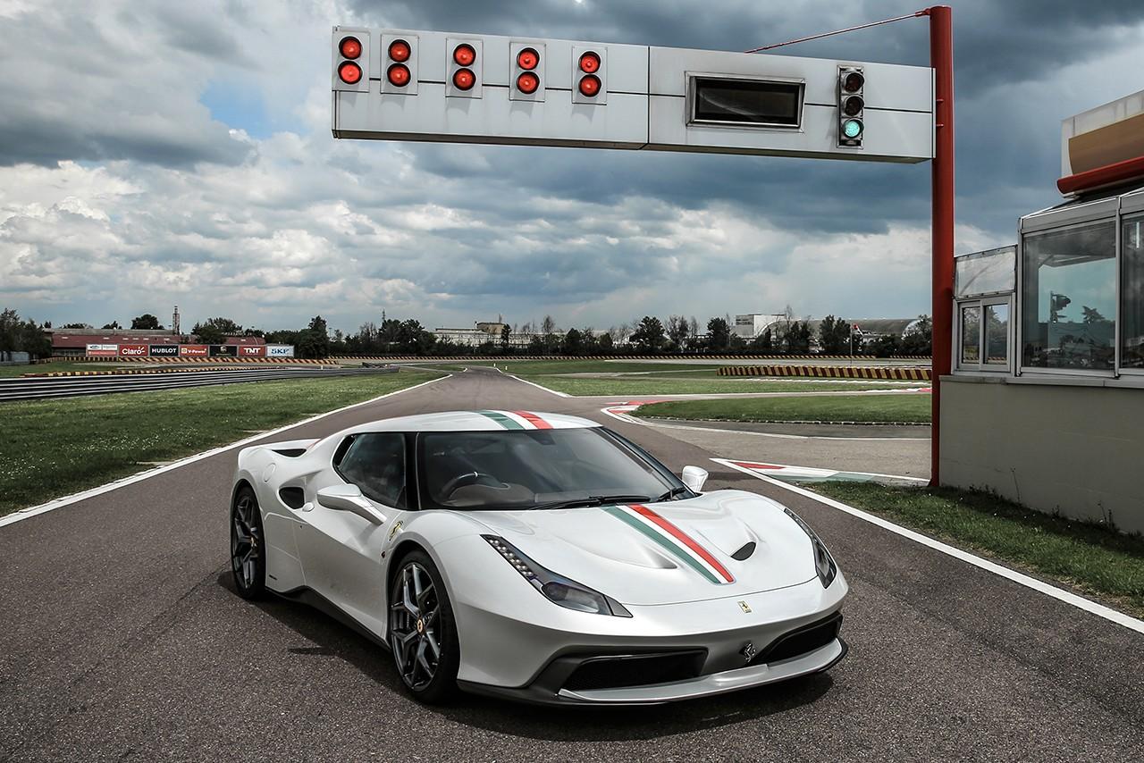 フェラーリ458 MMスペチアーレ