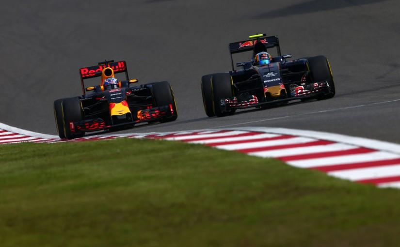 F1   トロロッソ、再びルノーを選んだのは「レッドブルとの技術共有」が狙い