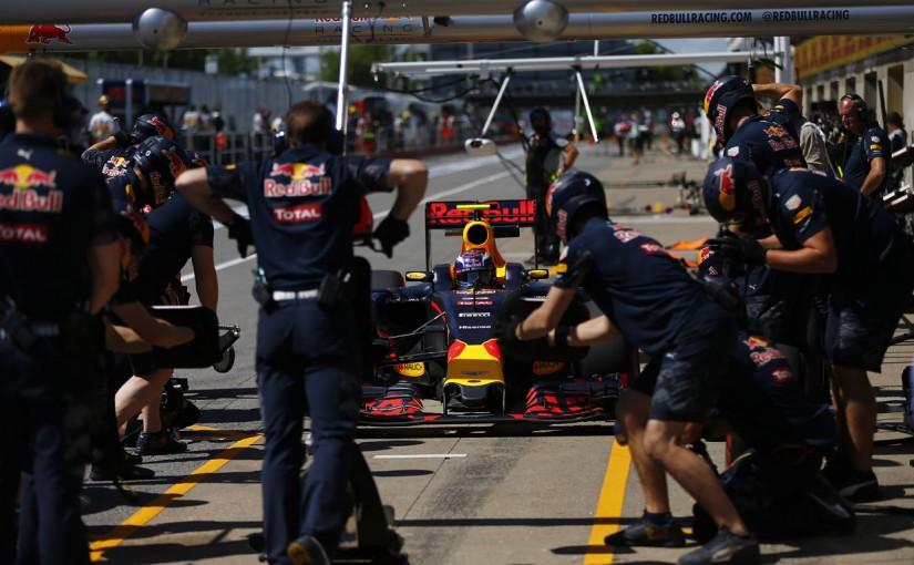 F1 | フェルスタッペン「ルノーの新PUはすごくいい感じ」:レッドブル カナダ金曜