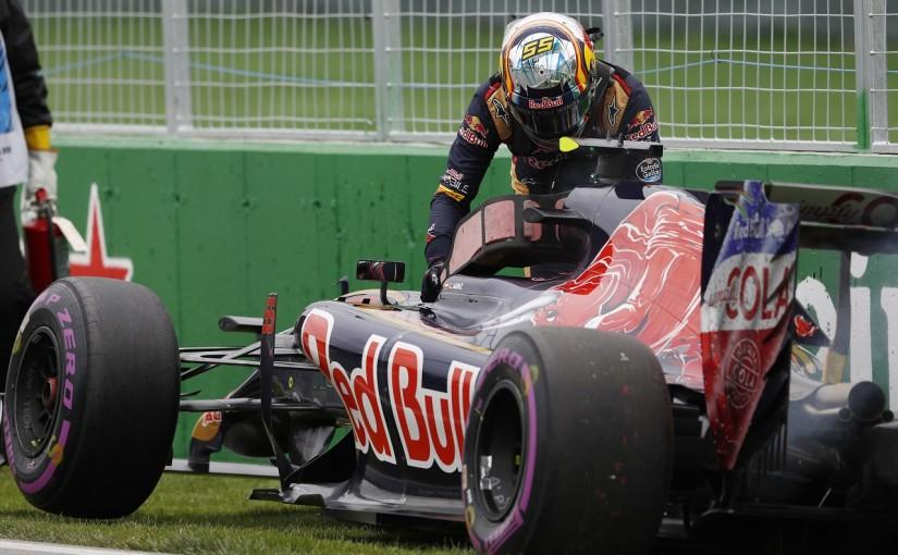 F1   サインツ「アロンソにポジションを譲る結果に…目をつぶって攻めてクラッシュ」:トロロッソ カナダ土曜