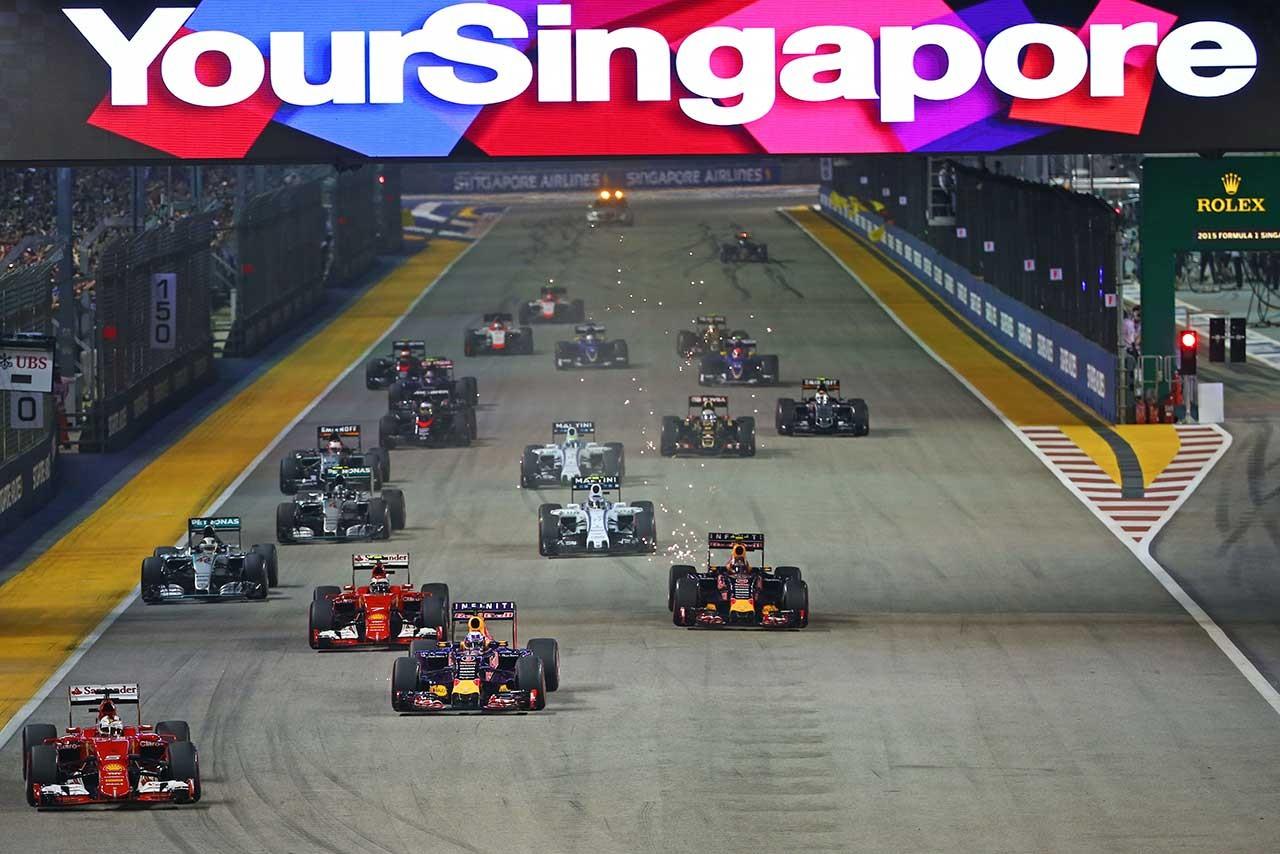 一度は見たいあの夜景。レースファン垂涎のシンガポールGP観戦ツアー