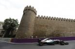 F1 | ハミルトン「なぜコースに文句ばかり言うのかな。これもレースの一部なのに」:メルセデス ヨーロッパ金曜