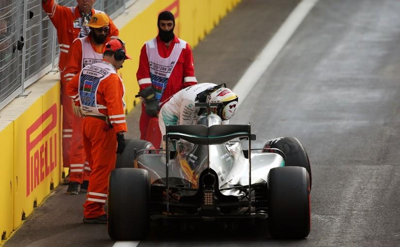 F1 | ハミルトン「クラッシュは自分のミス。セットアップ変更に適応できず」:メルセデス ヨーロッパ土曜