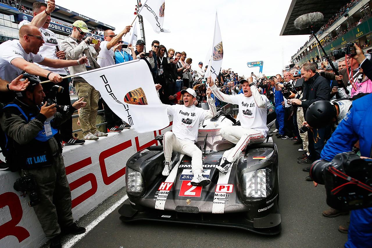 ポルシェ、18回目の勝利を祝うもトヨタに同情「彼らに敬意を表したい」