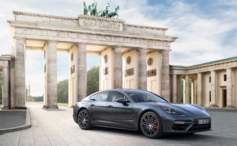 クルマ   911と共通するデザイン採用。ポルシェ、新型パナメーラ発表
