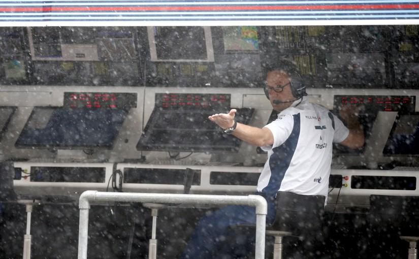F1   動画:FP2、突然の土砂降りで回るドライバー/F1オーストリアGP
