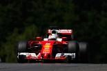 "F1 | ""大本命""ロズベルグがトラブルでクラッシュ、トップタイムはベッテル"