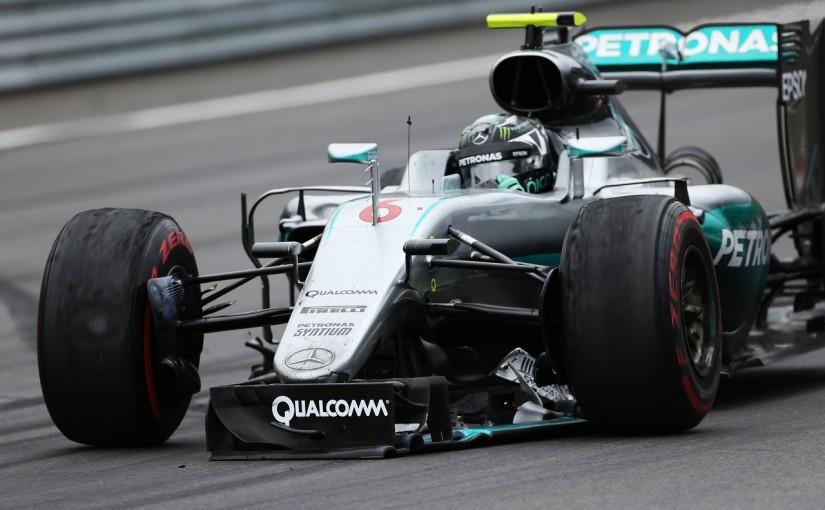 F1   動画:メルセデスが最終ラップで同士討ち/F1オーストリアGP決勝