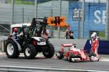 F1   ベッテル「謎のタイヤバースト。戦略が原因じゃない」:フェラーリ オーストリア日曜