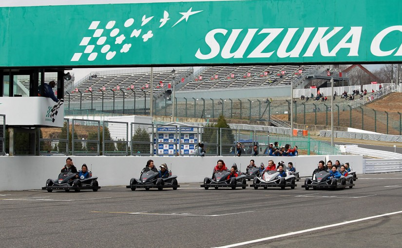 スーパーGT | GTドライバー26人のガチ(?)バトルを助手席で! SGT鈴鹿公式テストでイベント開催