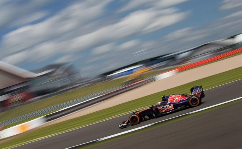 F1   サインツ「今シーズン一番苦しんだ初日」:トロロッソ イギリス金曜