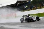 F1 | アロンソ、一時嵐の初日にトップタイム。ノートラブルで走行重ねる:シルバーストンF1合同テスト